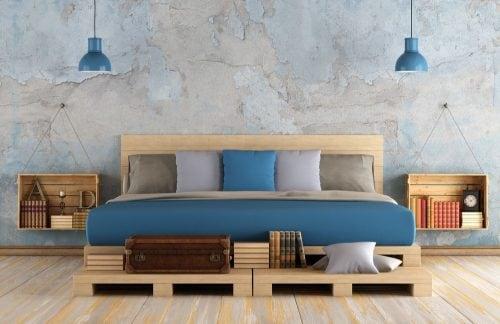 Меблі з піддонів – вдале рішення для творчих експериментів