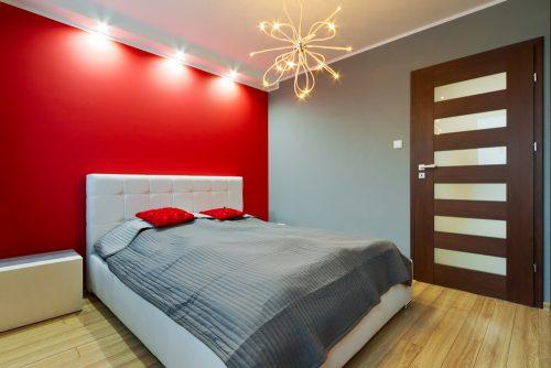 Декор-ідея – фарбуємо яскраво лише одну стіну!
